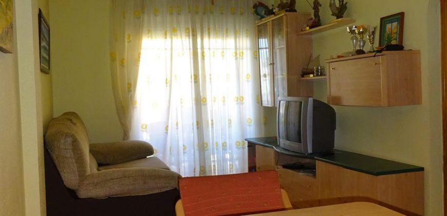Apartamento con piscina en Los Narejos